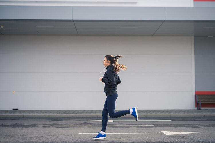 跑步减肥,到底要怎么样才安全,合理不伤膝盖?