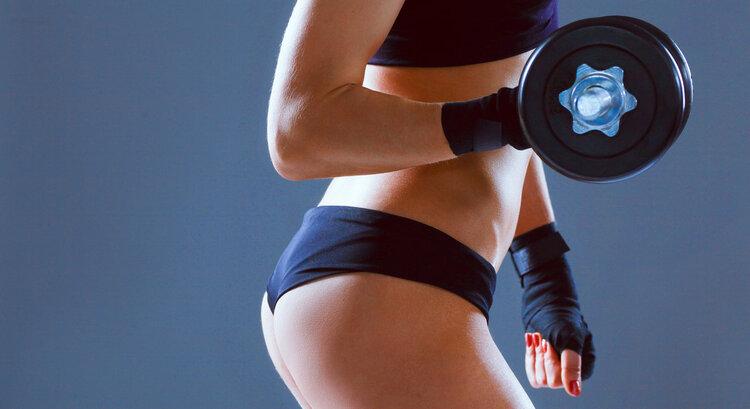 跆拳道对女孩有什么好处?他们能倾斜他们的腿吗?