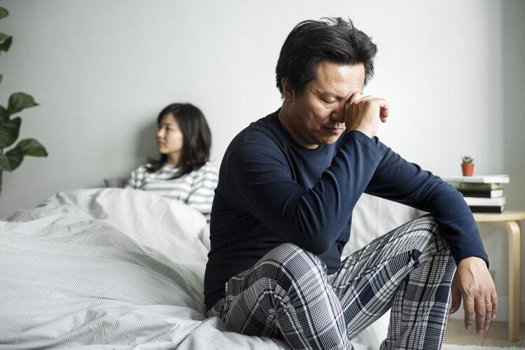 """为什么男人到了中年,跟老婆""""办事""""越来越少?原因让人很无奈"""