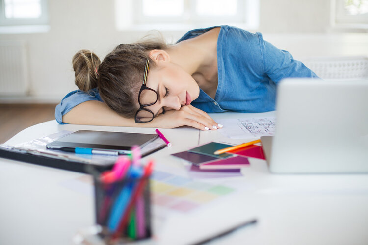 睡午觉被成为生命的充电器,但普遍职场人士午