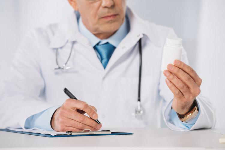 """湿疹、皮炎,擦什么好得快?常见皮肤病""""用药指南"""",一看就会"""