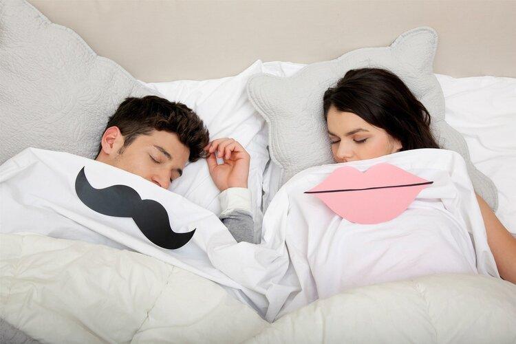 """""""办事""""后倒头就睡的男人,如果漏做了一件事,女人可能会很失望"""