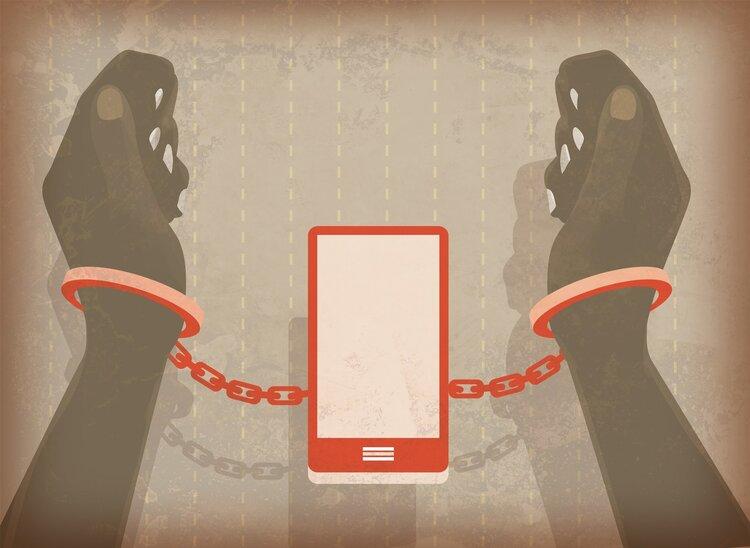 睡觉时,手机不能放床头?充电时辐射危害有多大?这些问题讲清楚
